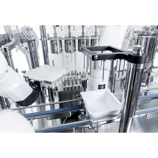 Máquinas robotizadas de llenado aséptico para frascos anidados distribuidos por Netsteril: Steriline-Robotic-Nest-Filling-Line-701