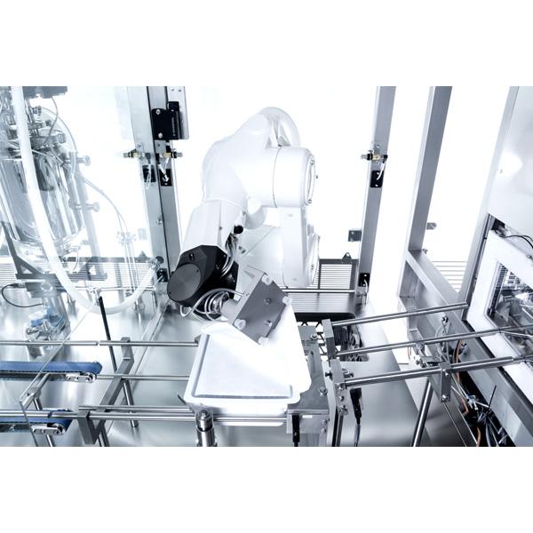 Máquinas robotizadas de llenado aséptico para frascos anidados distribuidos por Netsteril: Steriline-Robotic-Nest-Filling-Line-814