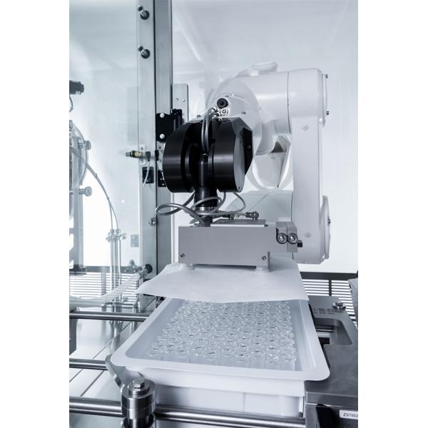 Máquinas robotizadas de llenado aséptico para frascos anidados distribuidos por Netsteril: Steriline-Robotic-Nest-Filling-Line-840