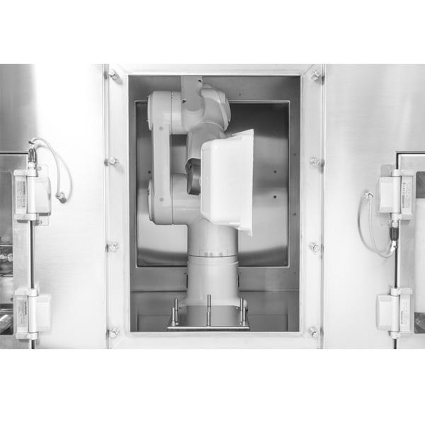 Sistema robotizado de descontaminación de tinas con frascos anidados steriline-Pulsed-Light-Sterilizer-639