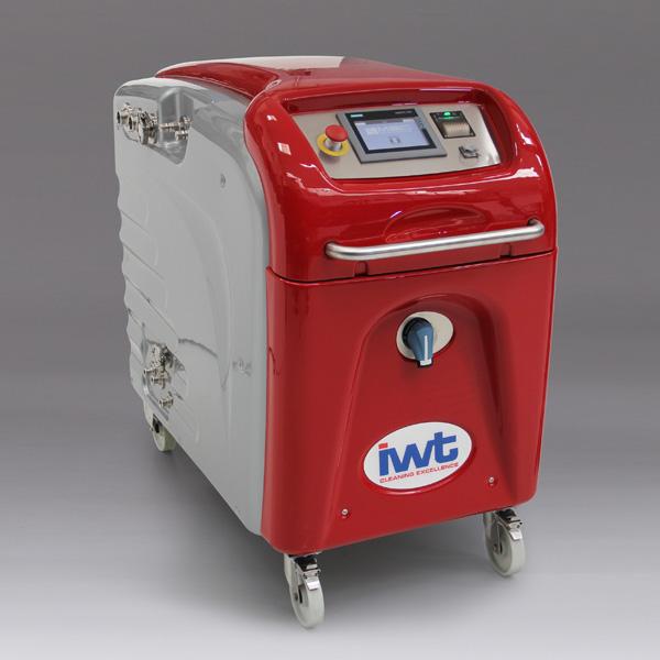 Equip mòbil de neteja a alta pressió IWT M-Line distribuit per Netsteril