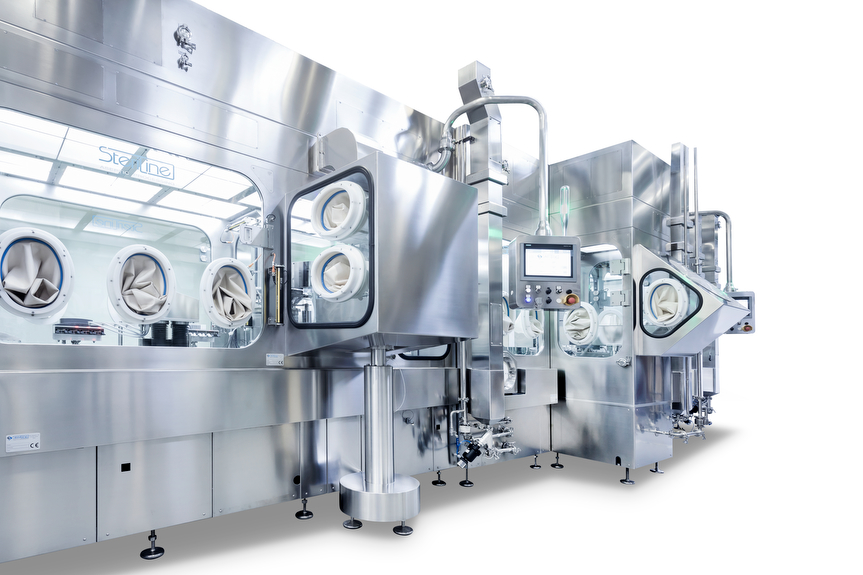 Vista de la máquina de llenado aséptico con aislador Steriline distribuida por Netsteril en España