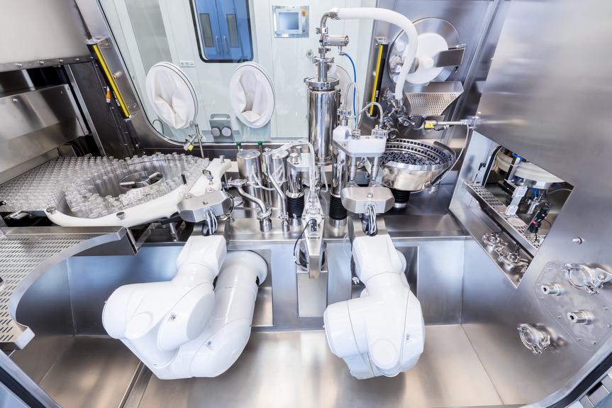 Detalle de la máquina de llenado aséptico con aislador Steriline distribuida por Netsteril en España
